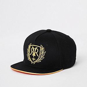 Schwarze, bestickte Kappe