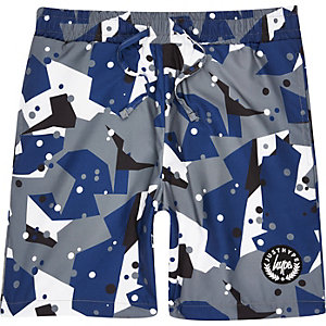 Hype – Graue Badeshorts mit Camouflage-Muster