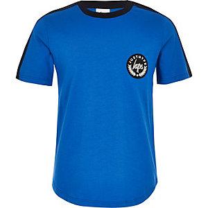 Hype – Blaues T-Shirt mit Streifendesign für
