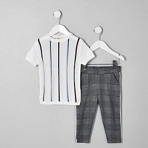 Mini - Outfit met ecru gestreept T-shirt voor jongens
