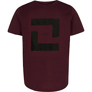 Boys burgundy box print T-shirt