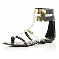 Sandales noires à bride