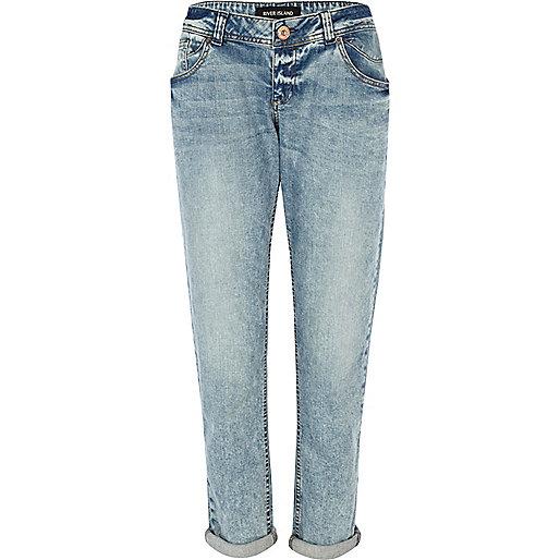 Light wash Cassie boyfriend jeans