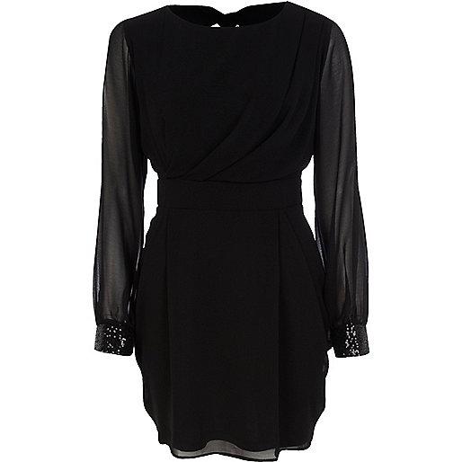 Black split sleeve ruched dress