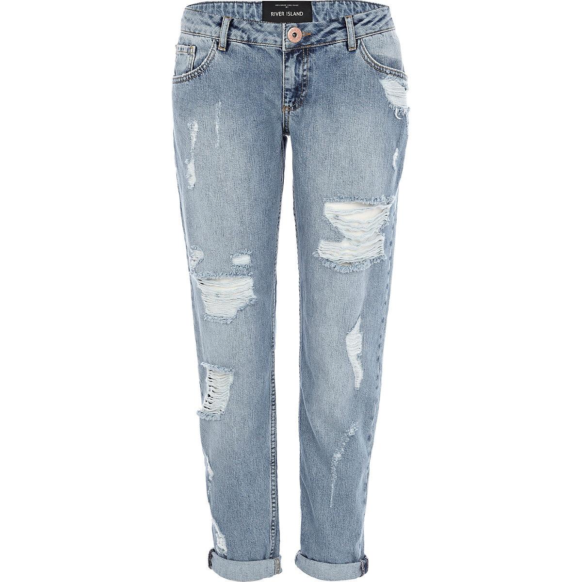 Light wash ripped Cassie boyfriend jeans