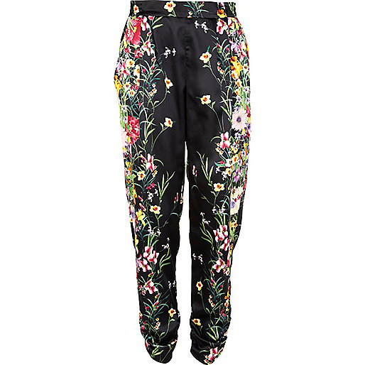 Black floral print ruched tapered pants