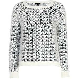 Cream chevron pattern eyelash knit jumper