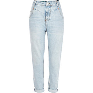 Slim Fit Mom Jeans in heller Waschung