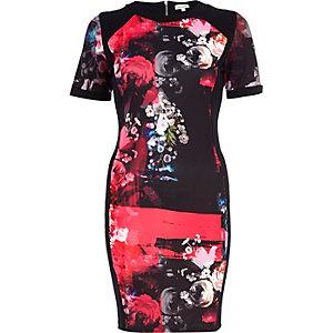 Schwarzes, figurbetontes Kleid, Neoprenoptik, mit Blumendruck
