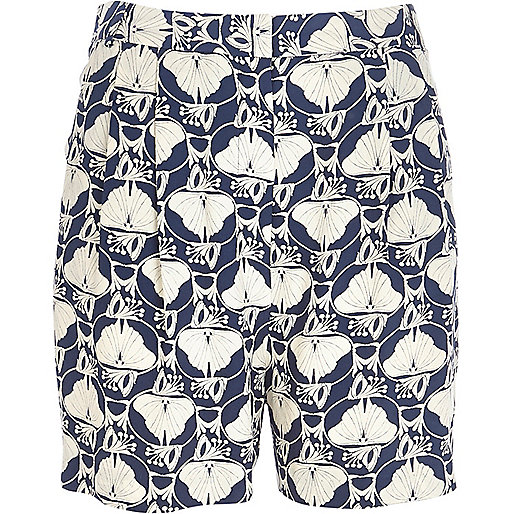 Blue petal print retro high rise shorts