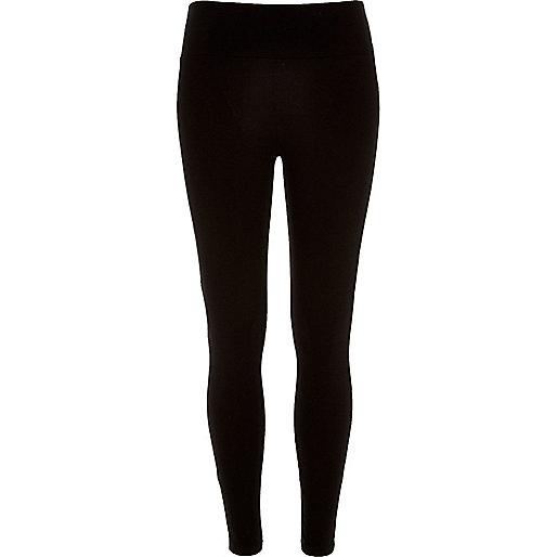 Schwarze, kurze Leggings mit hohem Bund