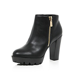 Black zip trim chunky ankle boots