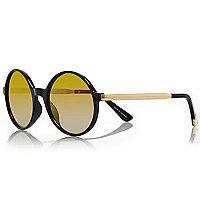 Black round mirror lens sunglasses