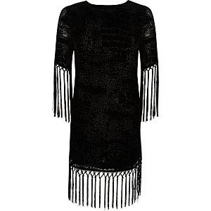 Robe t-shirt en velours noir à franges