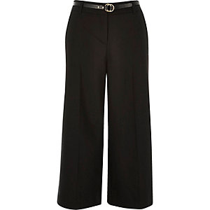 Black belted culotte pants