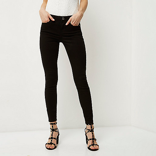 Cute black jeans and love the belt they come with. Only complaint is description says super skinny and they definitely arent