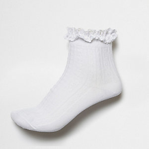 White frilly ankle socks