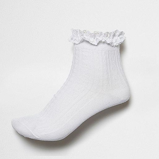 White frilly ankle socks
