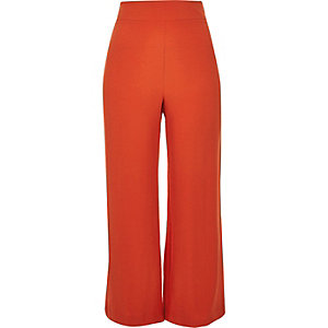Red wide trousers