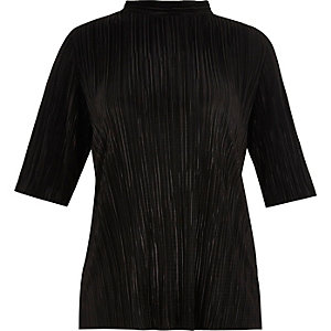 RI Plus black pleated turtleneck top