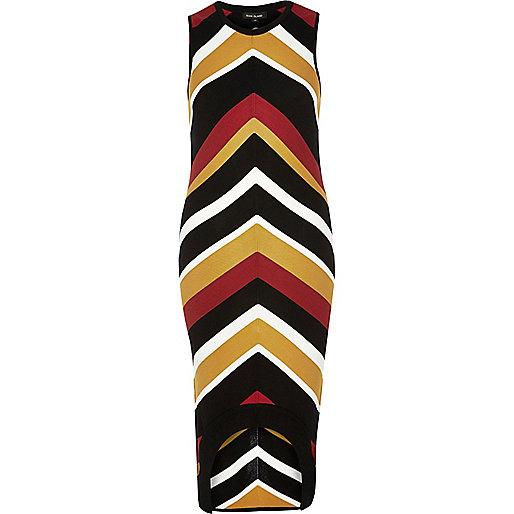 Red stripe curved hem dress
