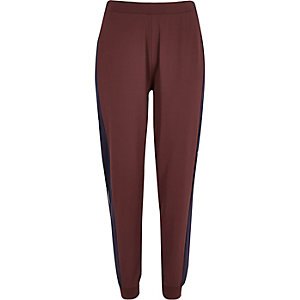 Dark red jersey joggers