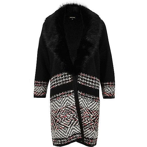 Manteau cardigan en maille noire avec col en fausse fourrure