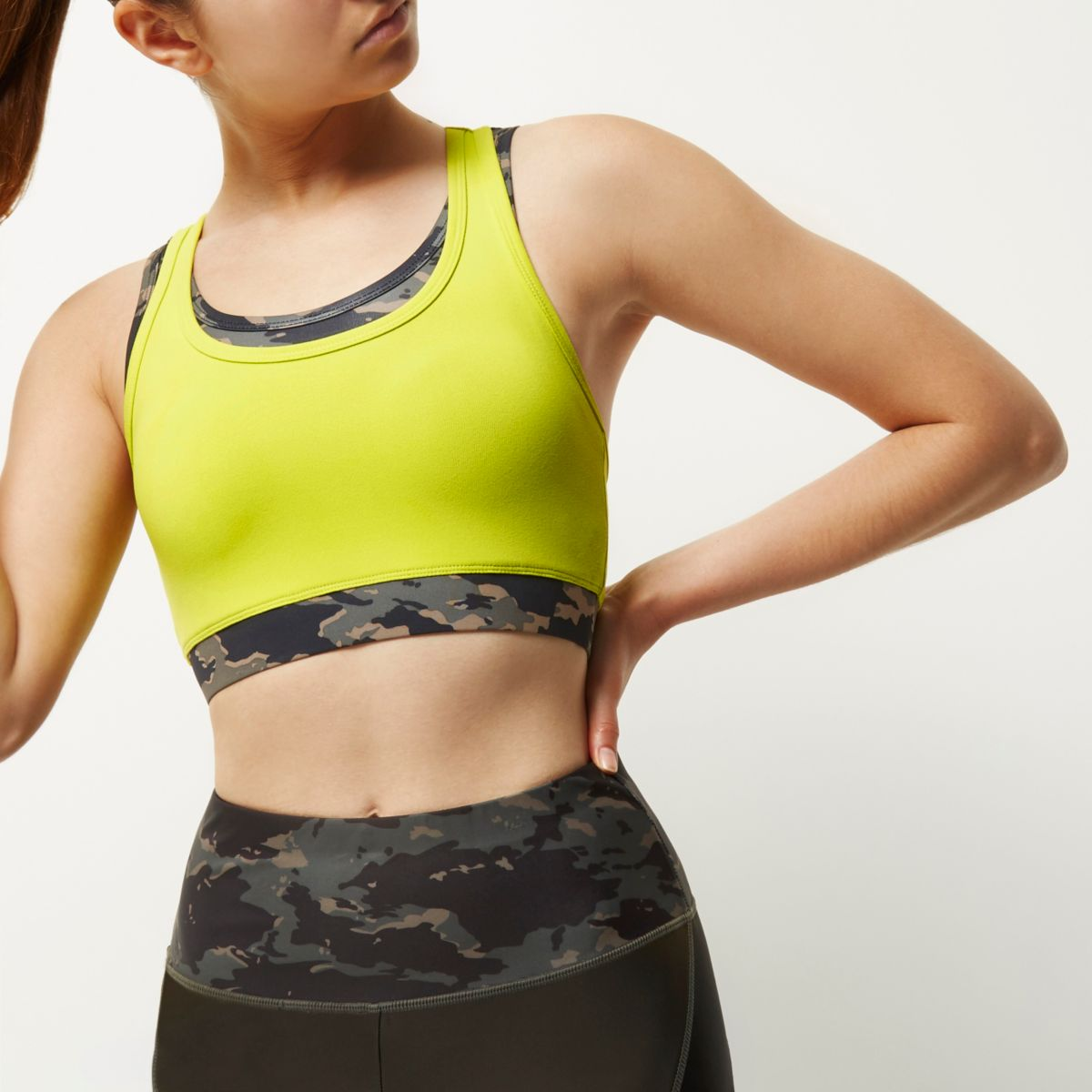 RI Active camo layered sports bra