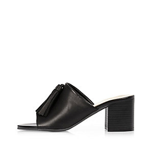 Black leather tassel mules