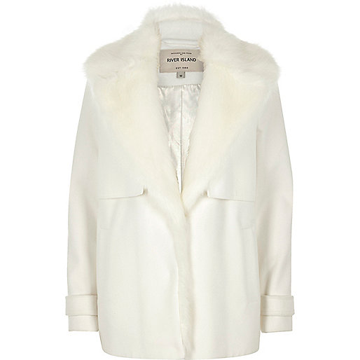 Cream faux fur collar pea coat