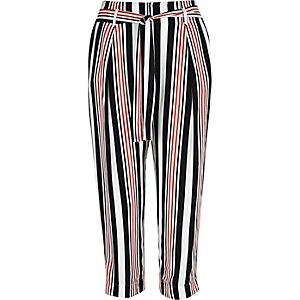 White stripe cropped pants