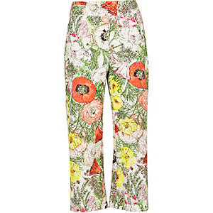 White floral print cropped pants