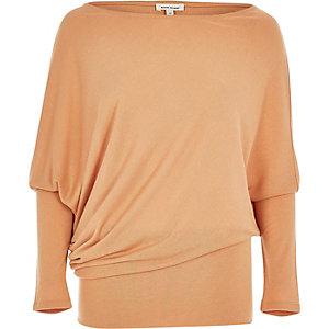 Light orange fitted hem top