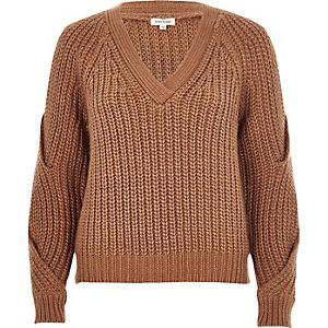 Brown chunky knit cold shoulder jumper