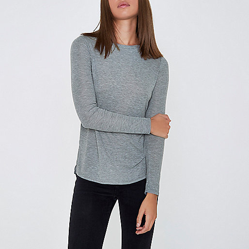 Grey basic long sleeve top