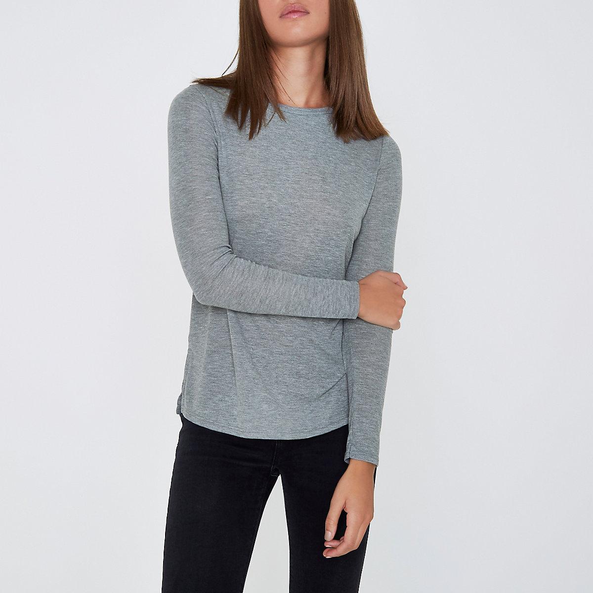 Grey basic long sleeve top