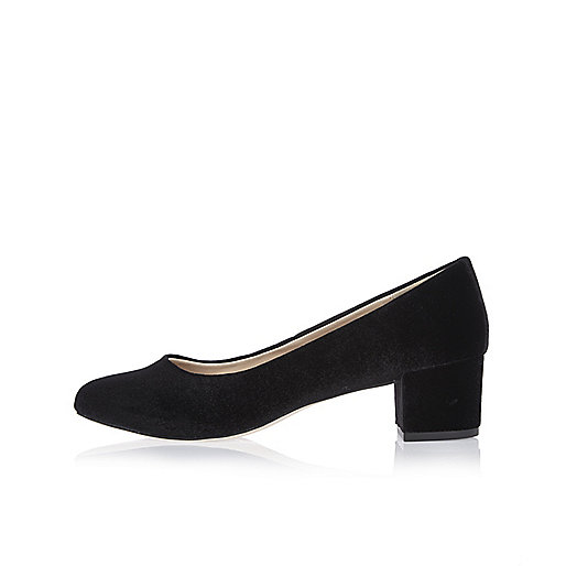 Black velvet ballerina shoes