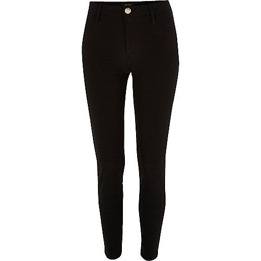 Schwarze Hose mit Skinny-Passform