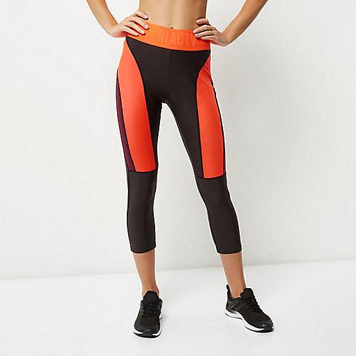 Dark grey block panel capri sports leggings