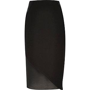 Zwarte rok met chiffon langs de zoom