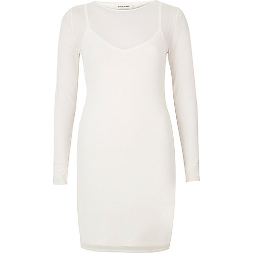 Mini robe en tulle blanche