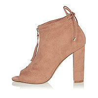 Light pink heeled shoe boots