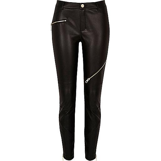Pantalon en cuir synthétique noir