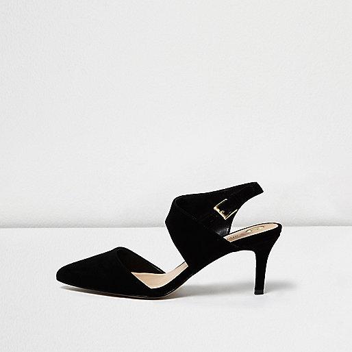 Black low court shoes