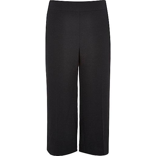 RI Plus – Schwarze, kurze Hose