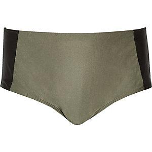 Plus – Bikinihose in Blockfarben in Khaki