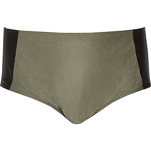 Plus – Bikinihose in Blockfarben in Khaki