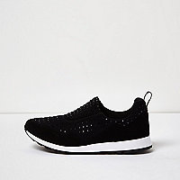Black diamond runner sneakers