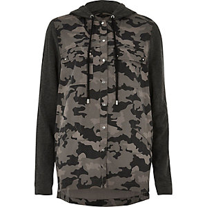 Black camo panel hooded shacket