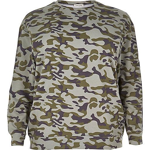 Plus – Grünes Camouflage-Sweatshirt